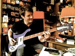Stootsie am Rickenbacker Bass